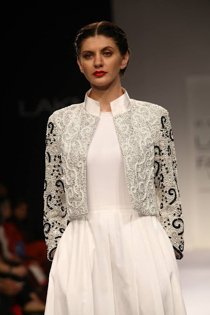 Day 1: Lakme Fashion Week: Winter/Festive- Vijay Balhara image