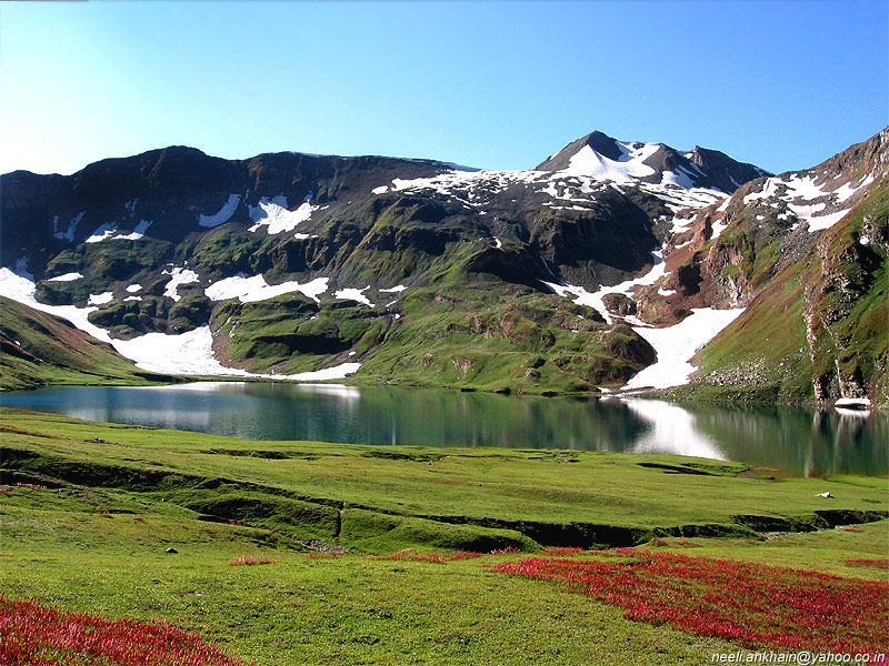 World Visits Natural Beauty Of The Kashmir