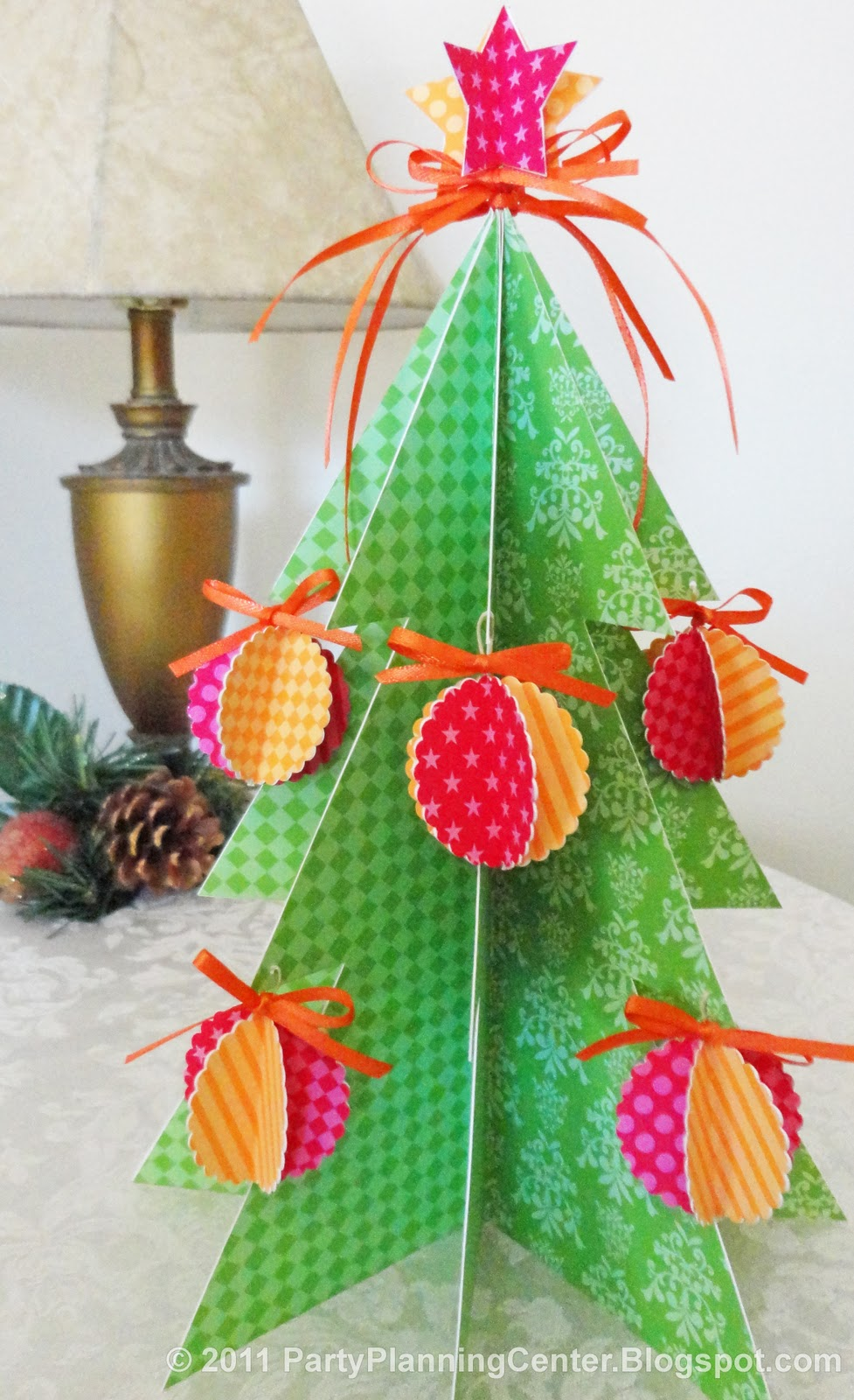 Decorate Christmas Tree On Paper : Party planning center free printable paper christmas tree