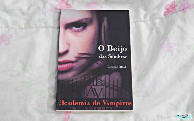 TO BE READ, TBR, MARATONA LITERARIA DE INVERNO, LEITURA, O BEIJO DAS SOMBRAS, ACADEMIA DE VAMPIROS, RICHELLE MEAD,