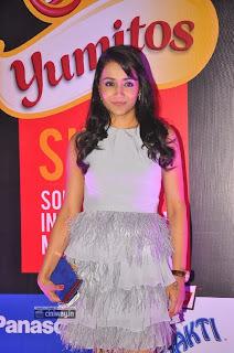 Trisha-at-SIIMA-Awards-2013