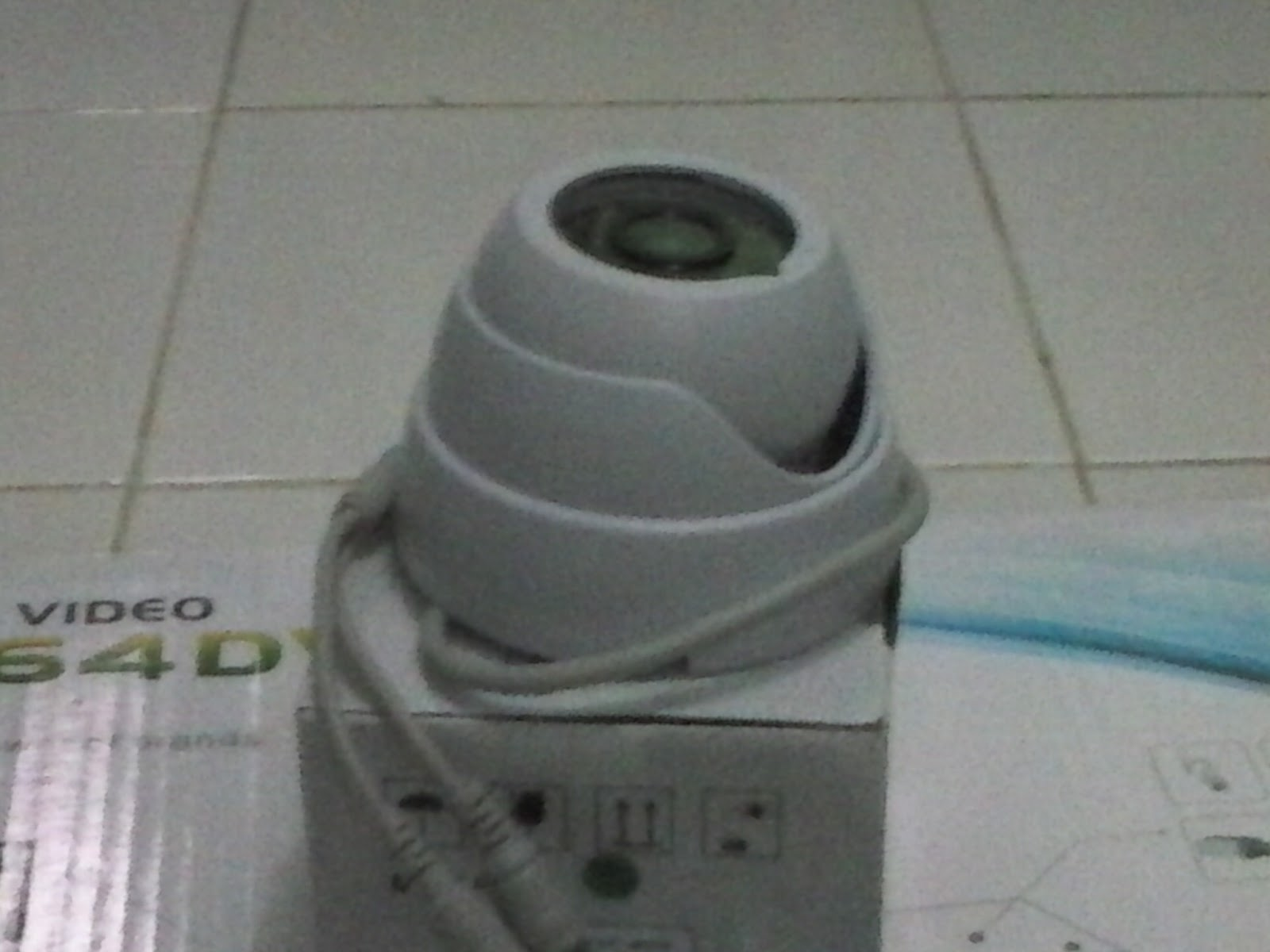 Camera CCTV 480TVL warna Putih