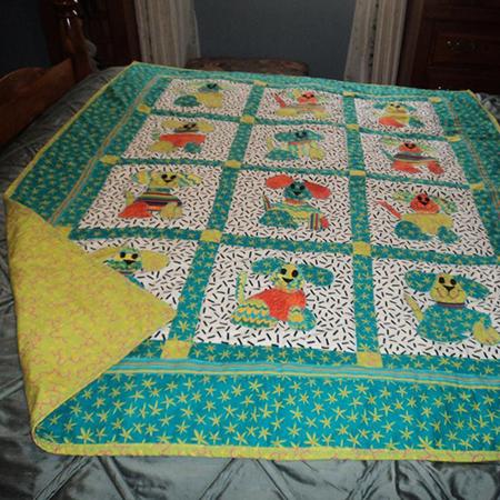 'Puppy Love' baby quilt