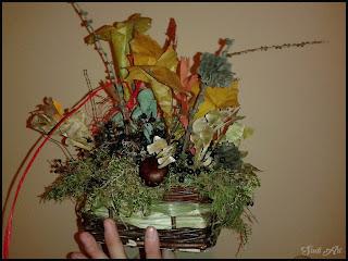 Kompozycja Jesienna w małym koszyku