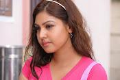Komal Jha Glamorous Photos in Pink Top-thumbnail-18