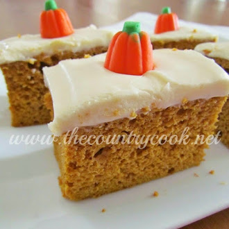 Simple Pumpkin Spice Cake