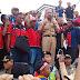 Gubernur Naiki Truk Fuso Temui Demonstran