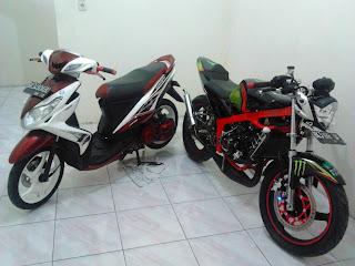 Yamaha Xeon 125 & Kawasaki Ninja 150R EVILution : Beauty and The Beast