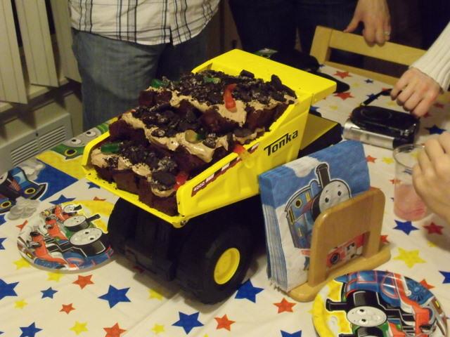 Pin Boys 2nd Birthday Cake Ideas Cake on Pinterest