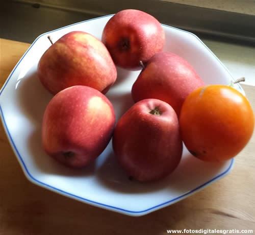Plato de manzanas