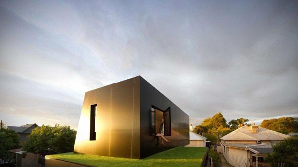 luxury-homes in sunlight