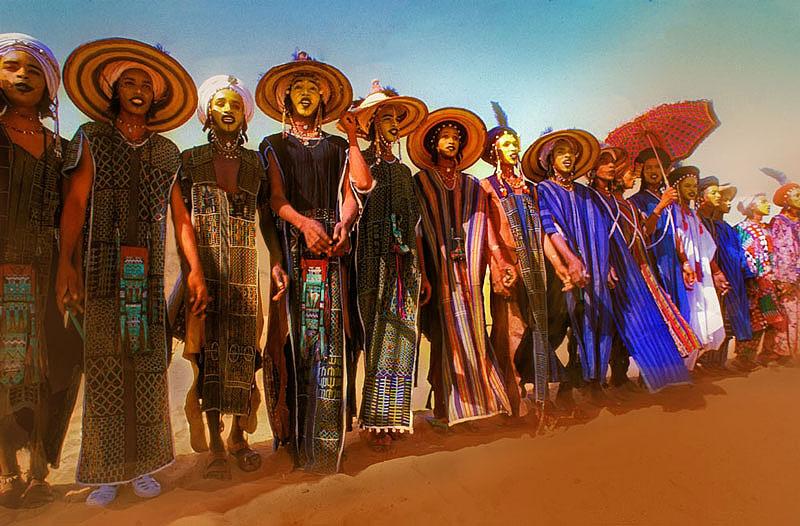 Конкурс красоты среди мужчин в Сахаре (10 фото)