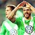 Wolfsburg renova com Vieirinha e perde Hunt por oito semanas