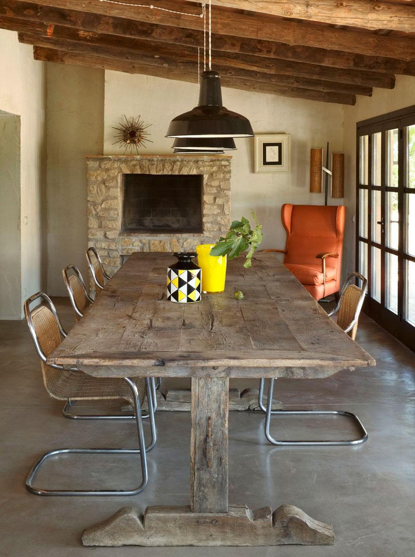 Una casale spagnolo dallo stile neorustico coffee break for Numeri di casa in stile spagnolo