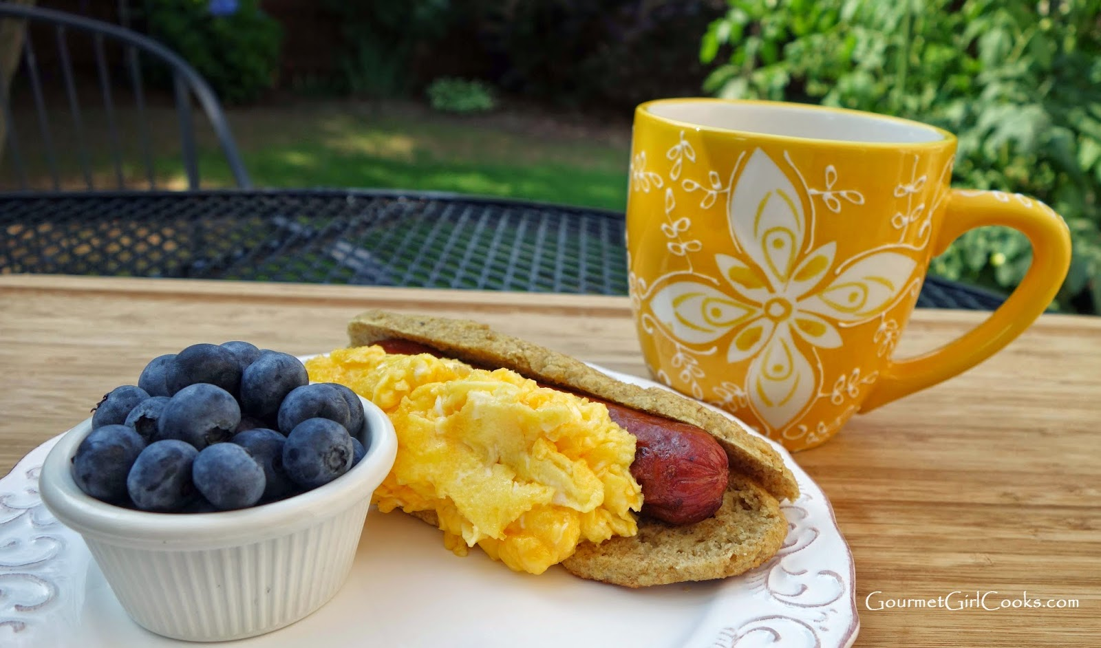 Gourmet Girl Cooks: Eggy Cheese Dogs -- Sunday's Wacky Breakfast