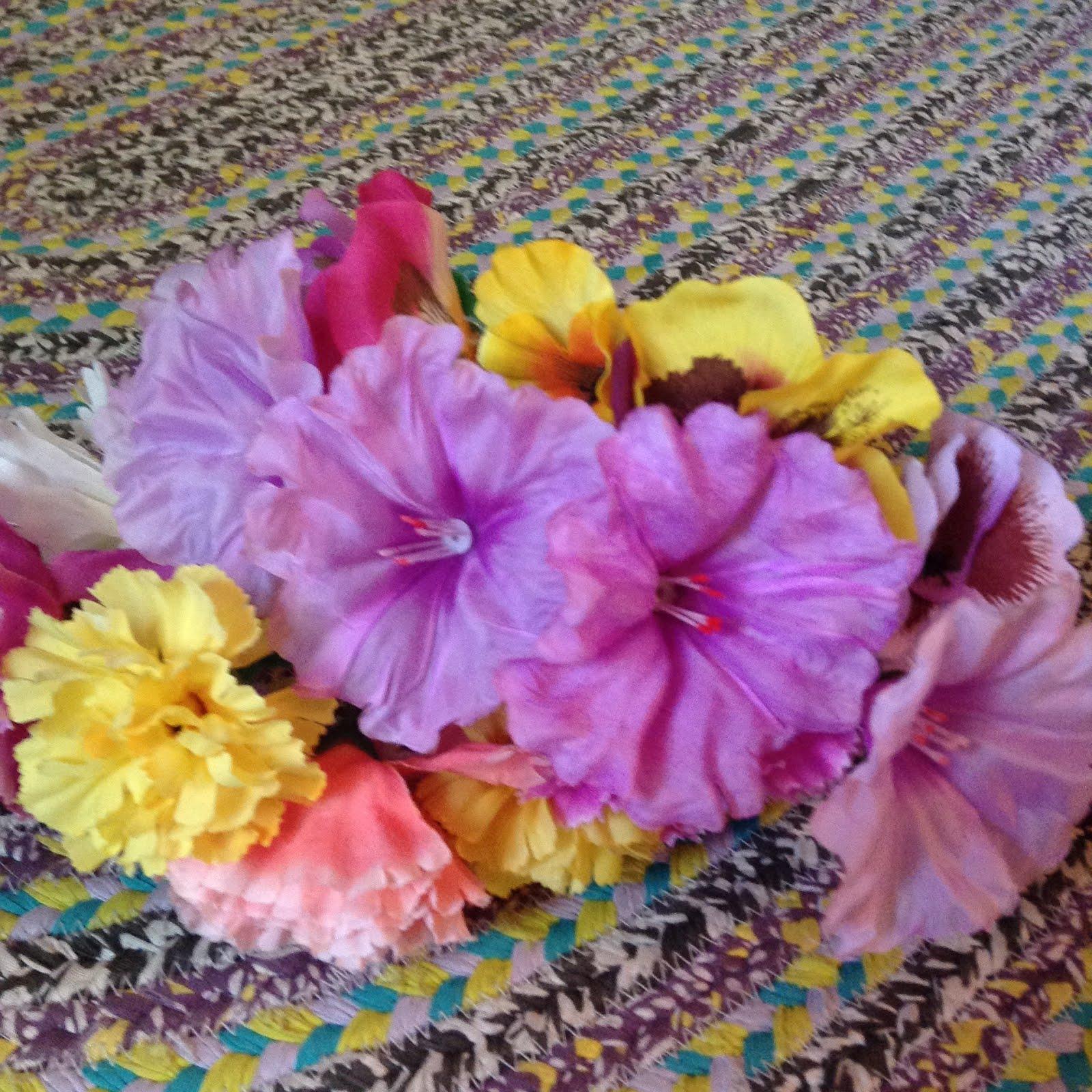 Wonderlandiful Crafts Flower Headband