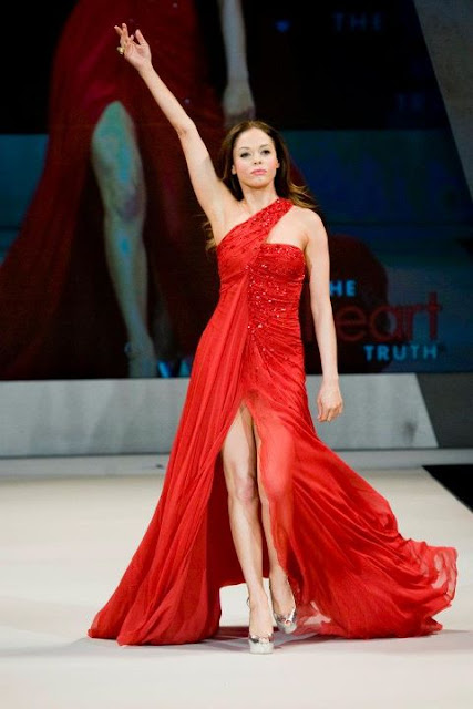 NYFW Fall 2012 Kicks Off With Red Dress Collection