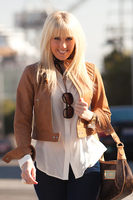 Dale+Steliga%252C+Savvy+Spice+fashion+blog%252C+leather+jacket%252C+winter+white+flowy+Express+top%252C+super+blond+hair%252C+bangs%252C+Louis+Vuitton+handbag%252C+San+Francisco+style+blog