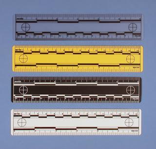 Bali® Vinyl Vertical Blind: S-Curved Buckskin