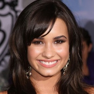demi lovato teeth