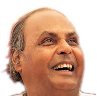 dhirubhai ambani 9 great management lessons from dhirubhai ambani dhirubhaism no 1: roll up  your sleeves and help you and your team share the same dna reliance.