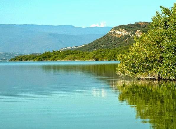 La Laguna Cabral