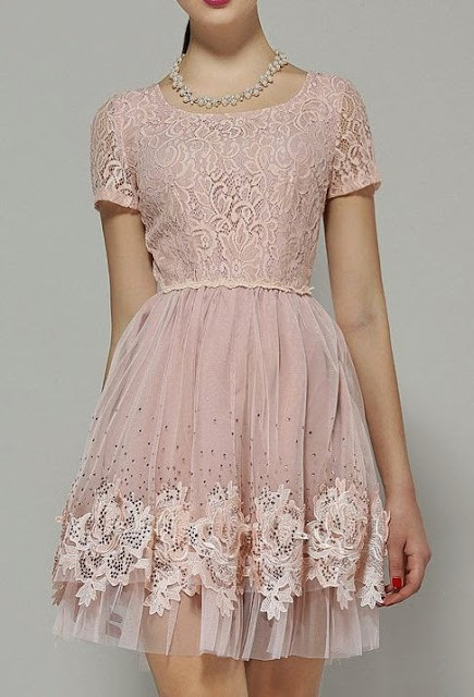 7 Pink Lace Dresses to Die For