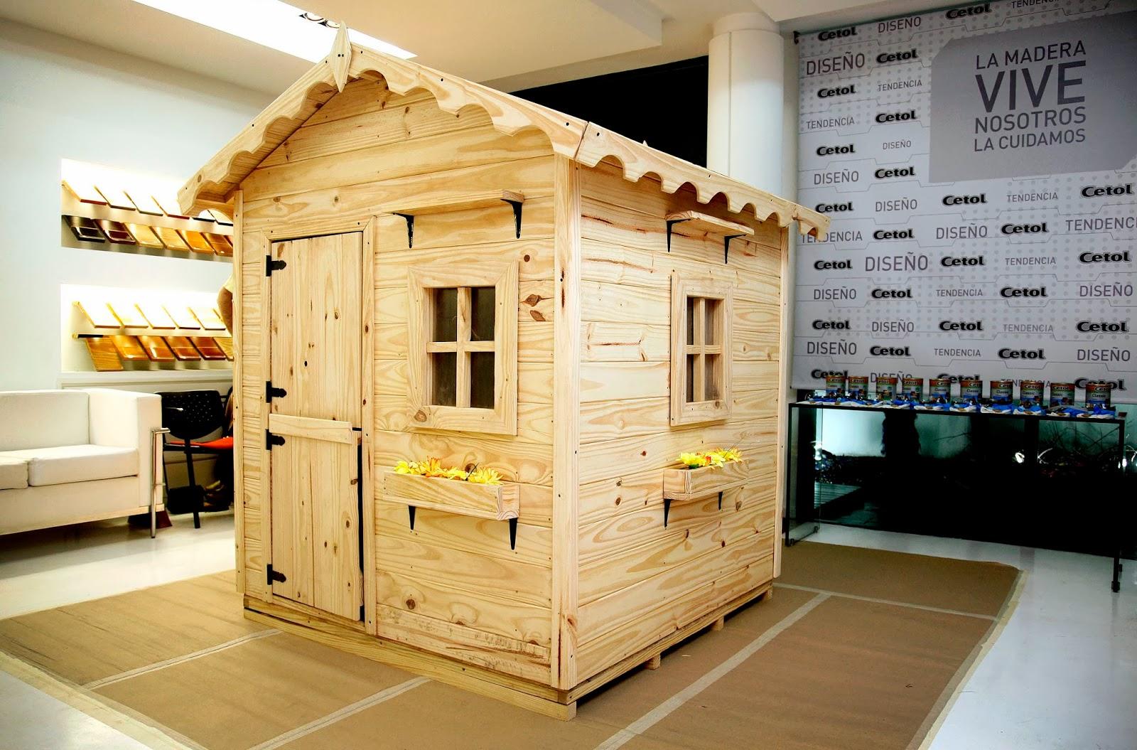 Arquiempresas cetol te invita a construir una casita de for Casita de madera para jardin