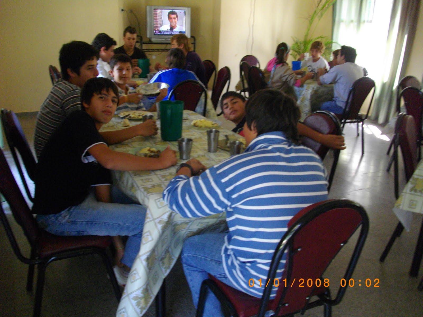 Santo Domingo Virtual: NUEVO MOBILIARIO PARA EL COMEDOR ESCOLAR