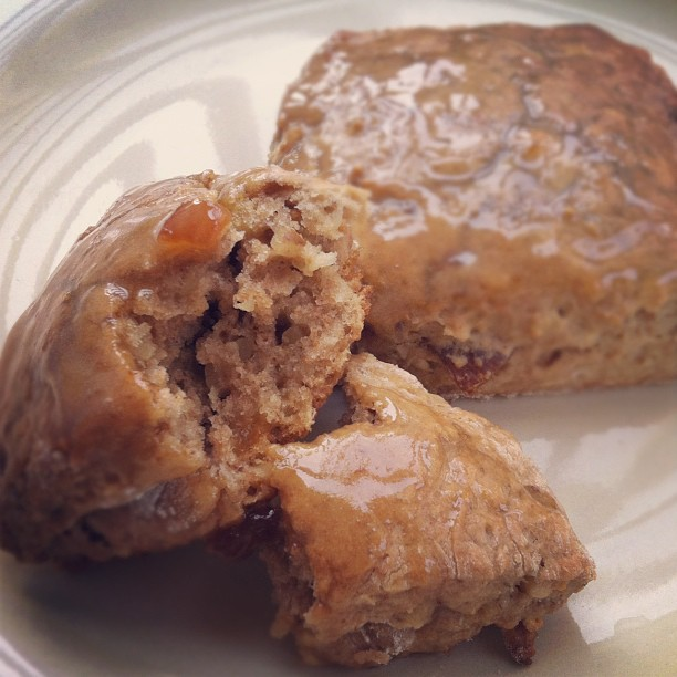 Vegan D'Lites: Walnut Fig Scones with Citrus Glaze