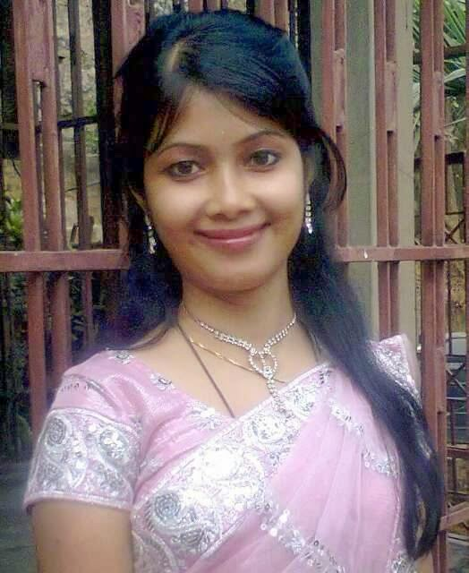 Beauty girl. Desi nude