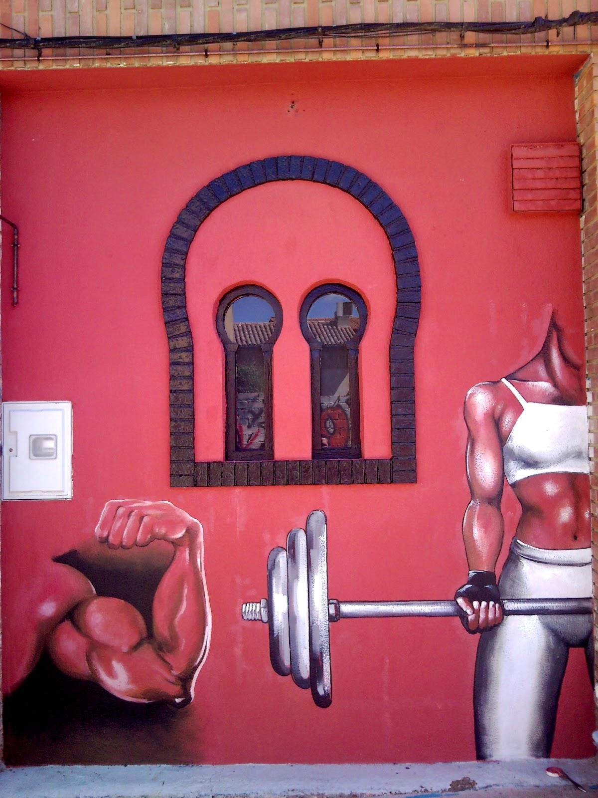 Alfredo alvarez ilustrador decoraci n de la fachada de paradyse gym sahag n - Decoracion de gimnasios ...