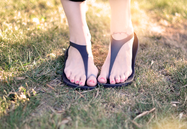 black croc sandals, sexi flip