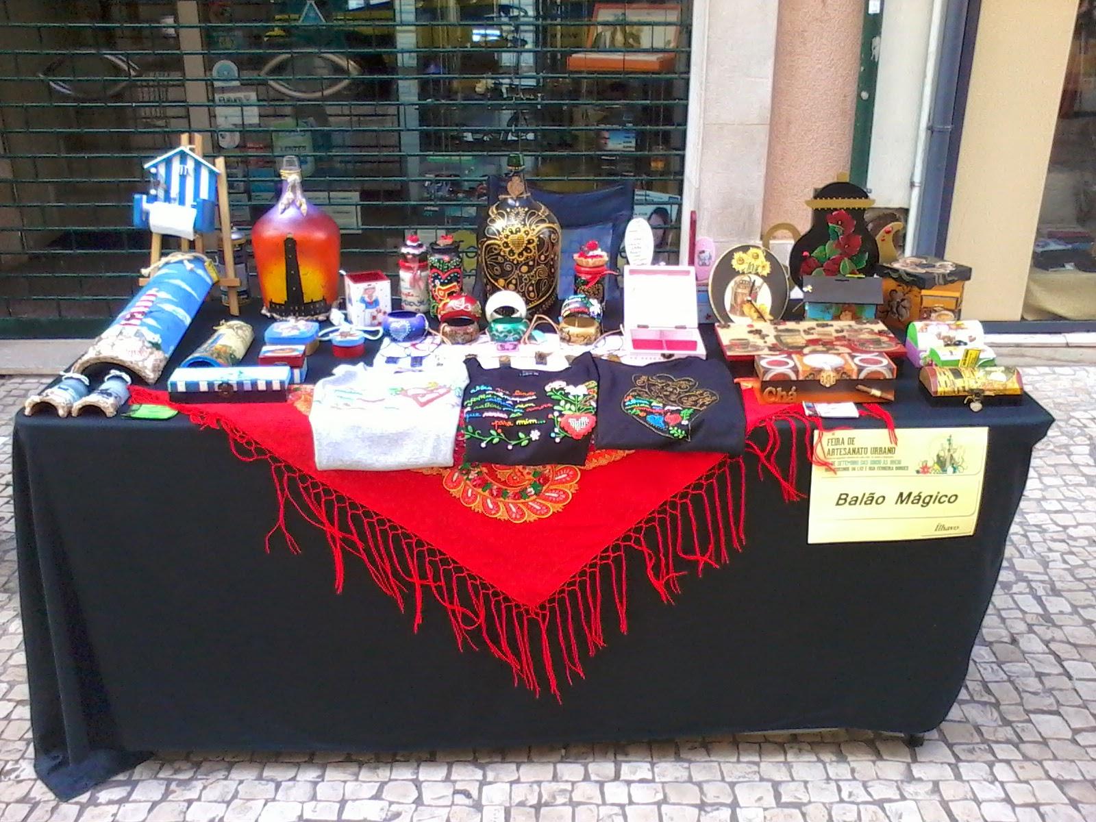 Armario Esquinero ~ BALÃO MÁGICO Feira de Artesanato Urbano de Coimbra