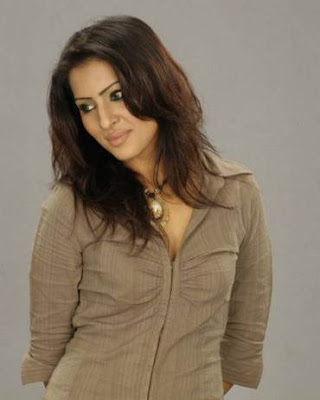 model actress Srabosri Dutta Tinni