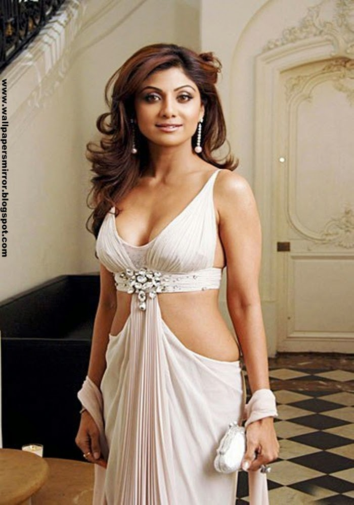 Top 17 Indian actresses sexy wallpapers