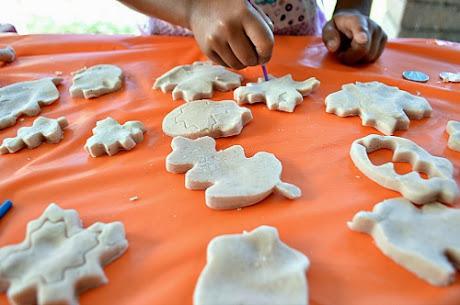 NAMC montessori sensory activities fall pumpkin spice clay blogmemom