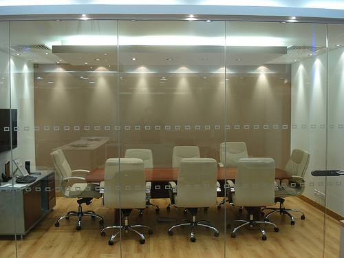 Office And Factory Renovation Considering Glass Partitions