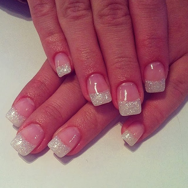 classic pink & white acrylics ;