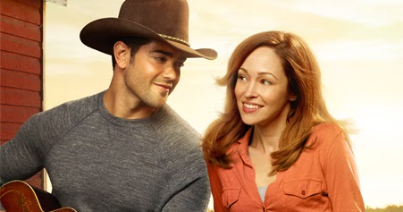 Its A Wonderful Movie Your Guide To Family Movies On Tv A Country Wedding A Hallmark