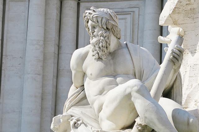 Piazza Navona Fountain sculpture