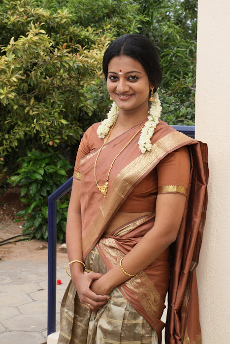 priyanka malayalam in sengathu bhoomiyile movie