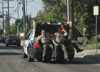 funny photo of the American police in the trunk