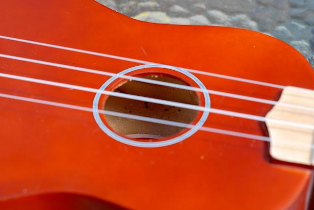 Harley Benton HBUK-11NT ukulele soundhole