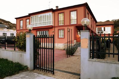 """Centro de la Tercera Edad """"Pozo San José"""" de Turón"""
