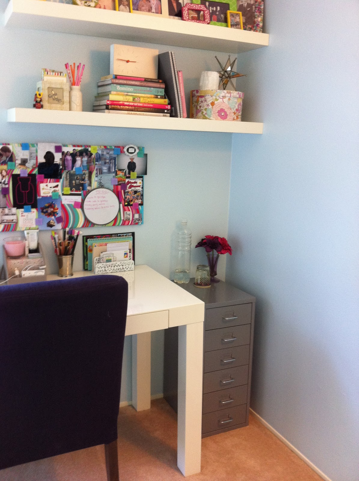 Evy at home helmer 39 s new home - Girly office desk accessories ...