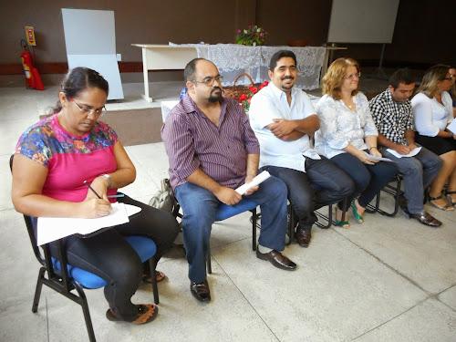 Secretaria de Educação de Aquiraz realiza reunião com diretores e secretários das escolas