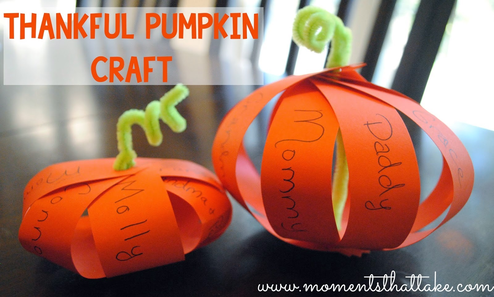http://www.momentsthattake.com/2014/10/fall-crafts-for-toddlers-thankful.html
