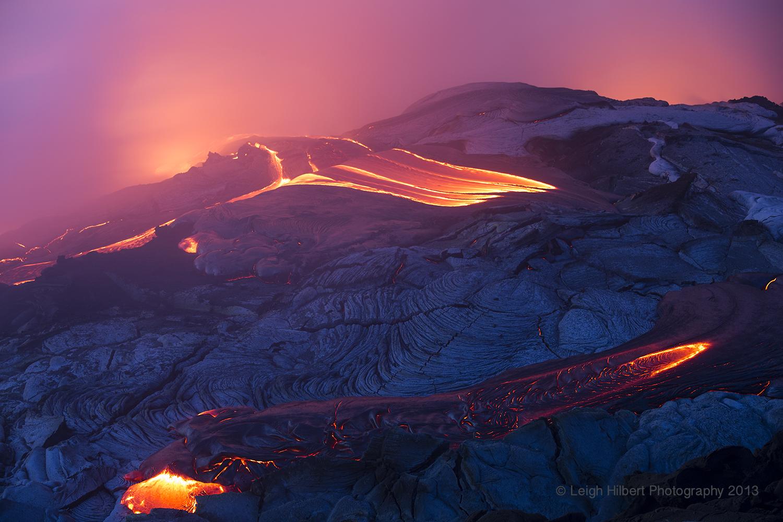 hawaiian lava daily hawaiian molten lava continues from