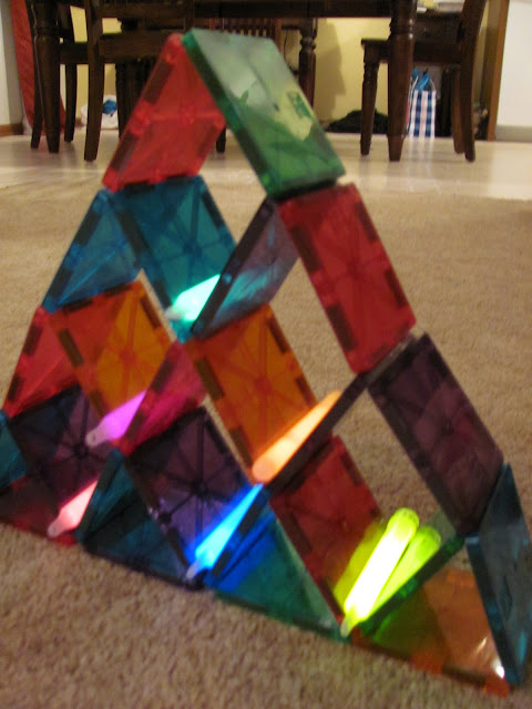 The Chocolate Muffin Tree Magna Tiles And Glow Sticks
